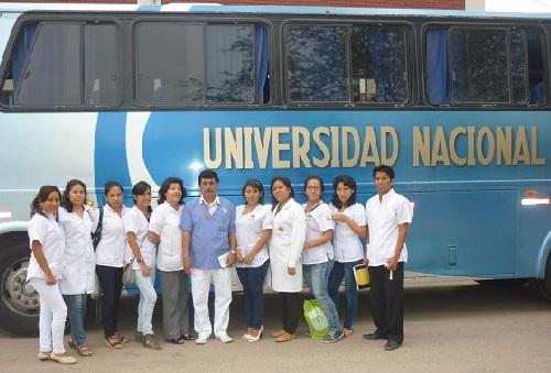 Laboratorio-Bioquímica-UNT-realizó-campaña-en-Las-Lomas-de-Huanchaco